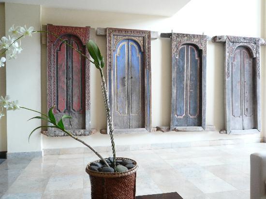 Komaneka at Bisma: Old balinese doors & Old balinese doors - Picture of Komaneka at Bisma Ubud - TripAdvisor Pezcame.Com