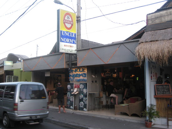 Uncle Norm's Bar & Bistro: Uncle Norms