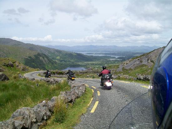 Macliam Lodge : Riding through the Healy Pass