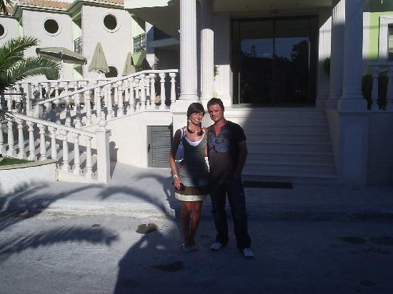 Tsilivi Beach Hotel: us pre dinner