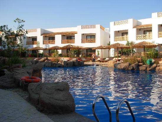 Domina Coral Bay Prestige Hotel: one of the pools