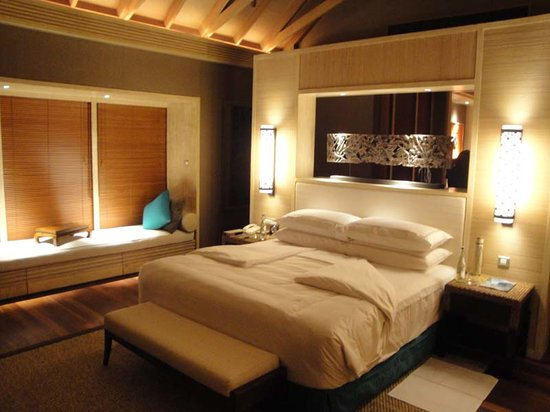 Shangri-La's Villingili Resort and Spa Maldives: Bedroom