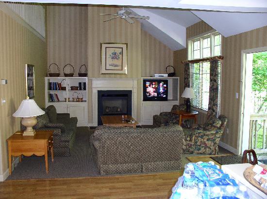 Villas at Tree Tops and Fairway: Living Room at the Villa