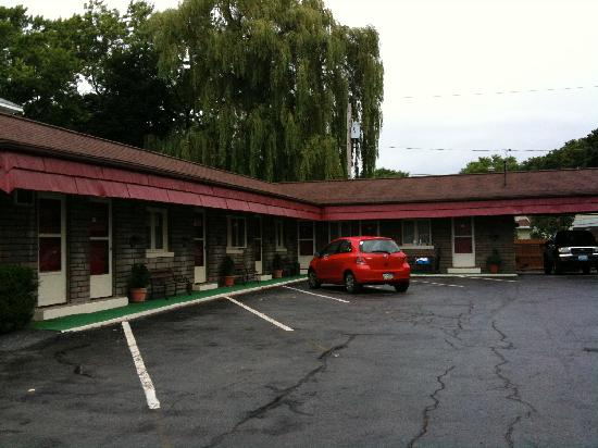 Falls Motel: Rooms