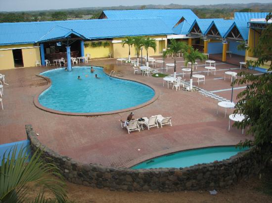 Hotel City House Los Guayacanes: Hotel Los Guayacanes, Pool area. Chitre.