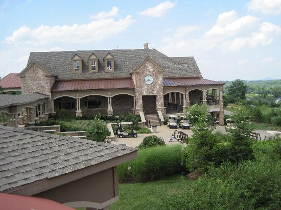 Lansdowne Resort and Spa: beautiful clubhouse