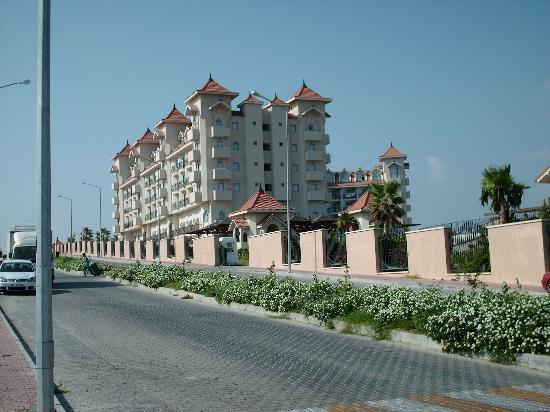 Side Mare Resort & Spa: un bout de l hotel vu de l exterieur