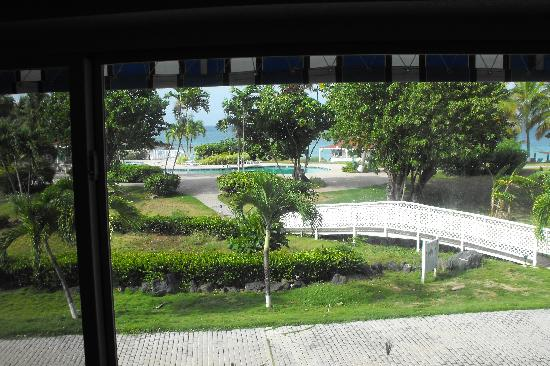 Bluebeard's Beach Club and Villas: Our View EVERY morning