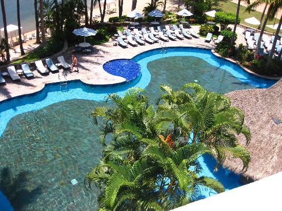 Grand Isla Navidad Resort: Pools seen from room