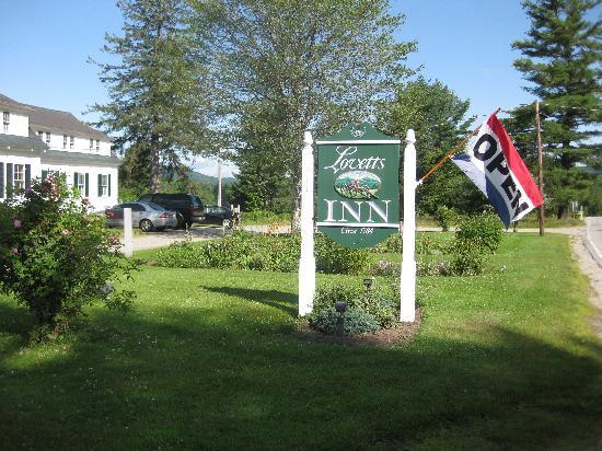 Lovett's Inn: sign