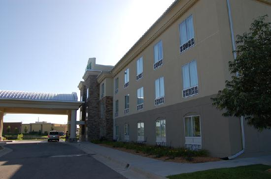 Andover, KS: front of hotel