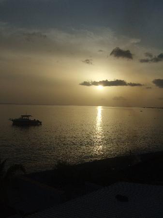 Sunset at Titiwi Inn