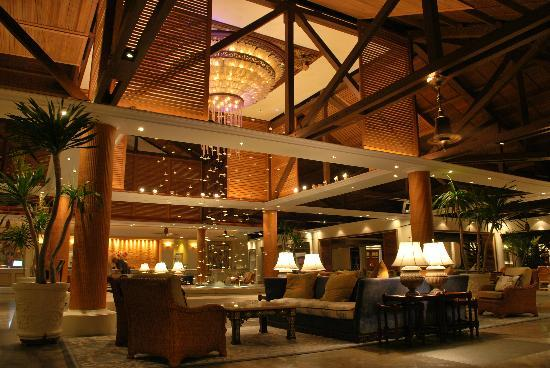 The Laguna, a Luxury Collection Resort & Spa: reception