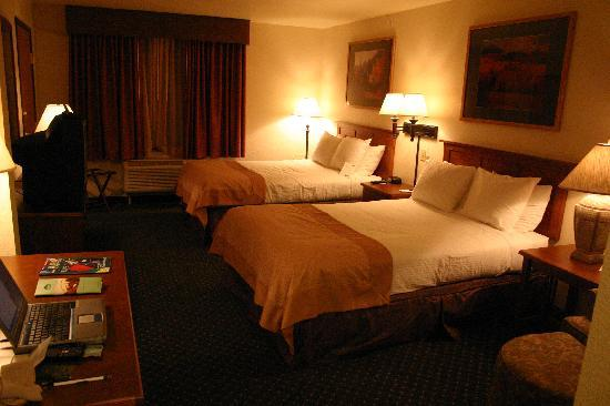 Comfort Inn & Suites: two Queen room