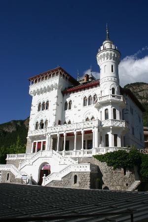 Jausiers, Francia: Le château des Magnans