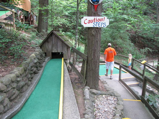 Hillbilly Golf Gatlinburg 2019 All You Need To Know Before You Go With Photos Tripadvisor