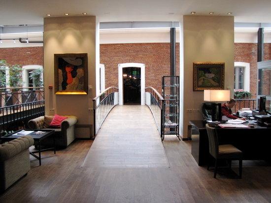 Solo Sokos Hotel Palace Bridge : Hotel Lobby