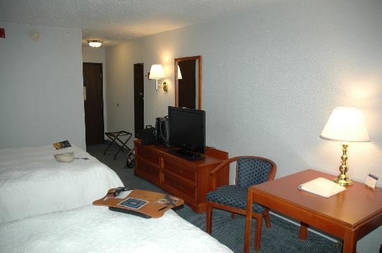 Hampton Inn Greensburg: niceflat panel lcd tv