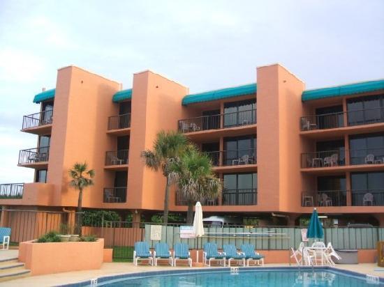 Oceanique Resort: Balconies that overlook the ocean