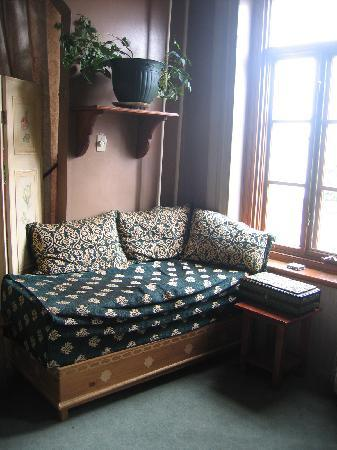 B&B Au Petit Roi : common room