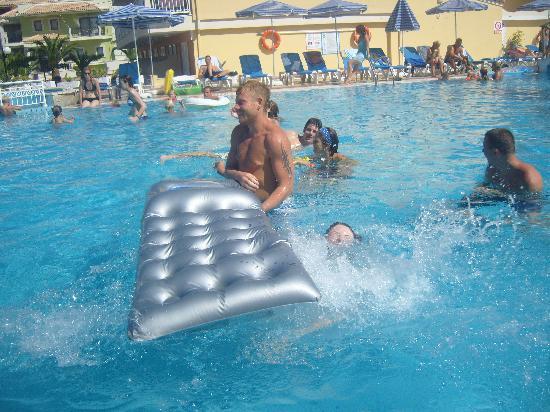 Tsilivi Beach Hotel: or this might happen