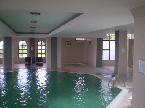 Hotel Villa Breg: Indoor pool and massage pools