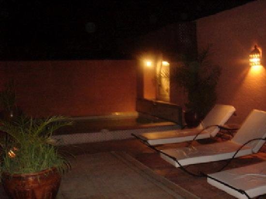 Riad le Clos des Arts: the roof at night