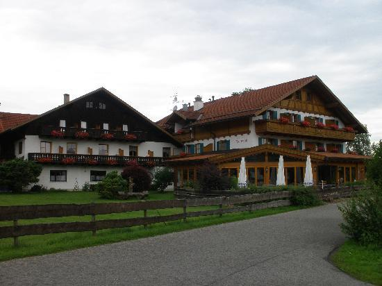 Hotel Helmerhof: Outside Day