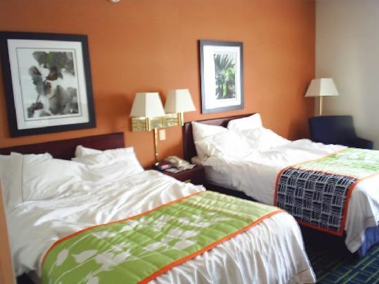 Fairfield Inn Manchester-Boston Regional Airport: comfortable beds