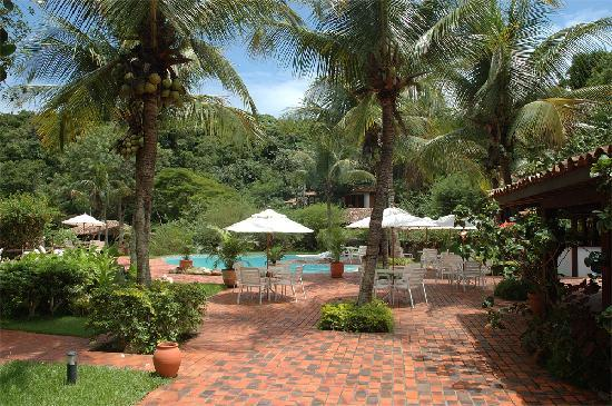 Barracuda Resort : ....luscious paradise!!!!