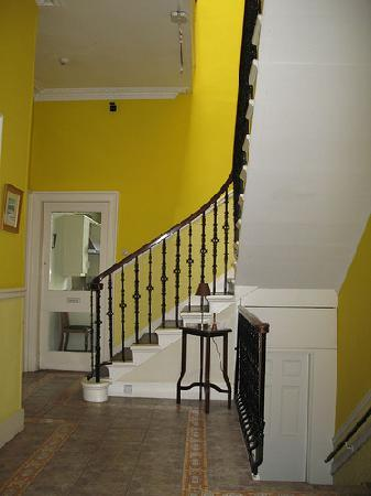 Windsor House: Entrance area