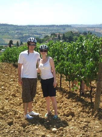 Bicycle Tuscany : One of the many stops to see the brilliant views!