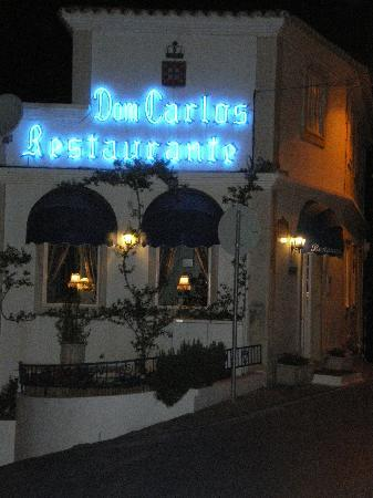 Restaurante Dom Carlos : The outside of the restaurant