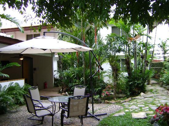Baru Lodge: jardines