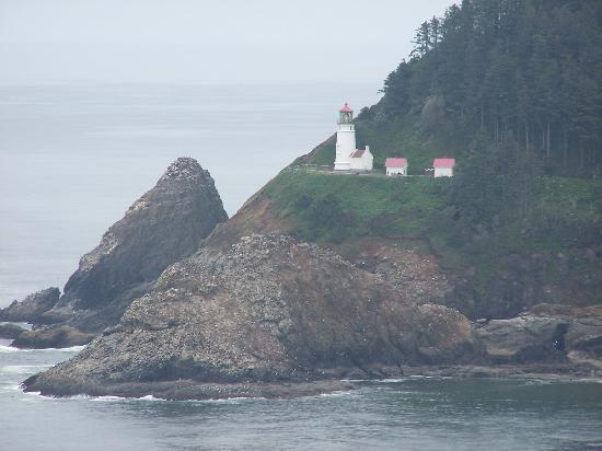 Sea Lion Caves: lighthouse view