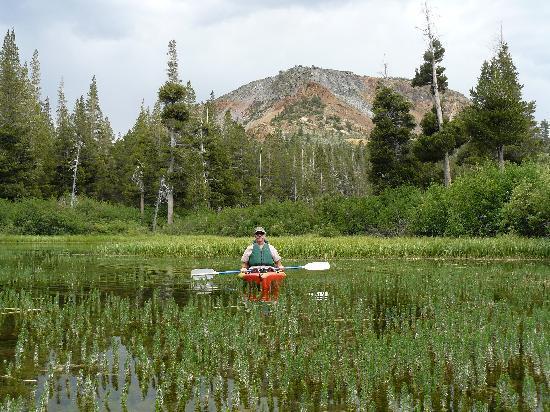 Twin Lakes Campground: Kayaking on Twin Lakes