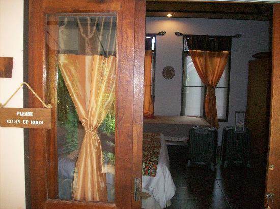 Varinda Garden Resort: our room
