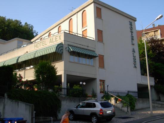 Hotel Alex : hotel dall'esterno