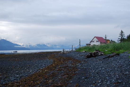 A Cottage on the Bay: Looking at the Cottage on the Bay from a walk down the beach, Lowell Point, Seward