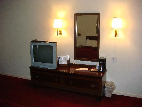 Comfort Inn Sandusky: TV