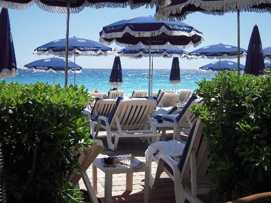 Hyatt Regency Nice Palais de la Mediterranee: beach