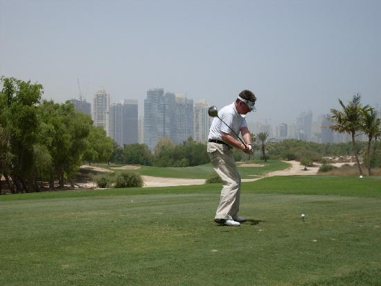 The Emirates Golf Club: into the desert
