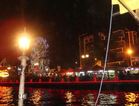 Malacca River : melaka river cruise