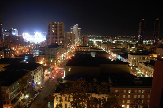 Ramada by Wyndham Gaslamp Convention Center: Great Views from the Rooftop Patio
