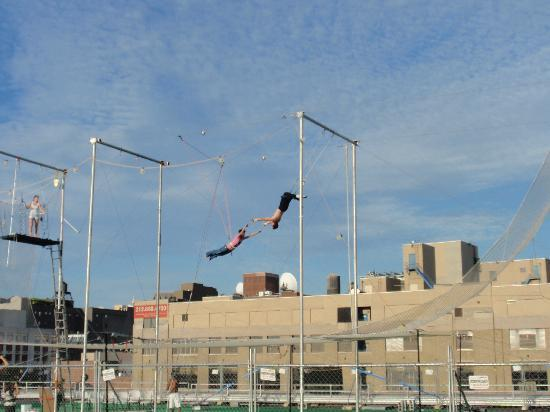Bike the Big Apple: NYC trapeze school - on the route