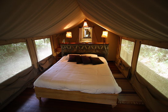 Sarova Mara Game Camp: looks nice but expect plenty of mosquitos coming in at will.