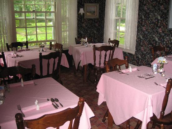 Seacrest Manor: Dining Room