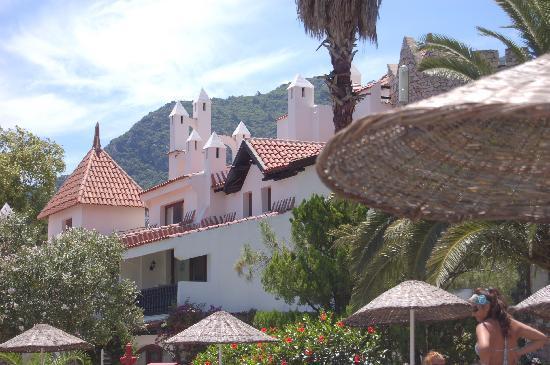 MARTI Resort de Luxe: hotel