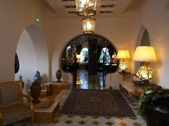 Terme Manzi Hotel & Spa: one of the hallways