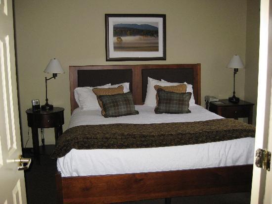 Green Mountain Suites Hotel: bedroom